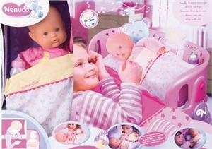 Cuna Nenuco duerme contigo con muñeco mi  primer nenuco Famosa 707431