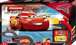 Cars Primera Pista de Carreras Carrera 63010